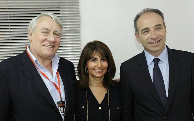 Valerie Hoffenberg, center, next to prominent UMP politicians Claude Goasguen, left, and Jean-François Copé (photo credit: DR)