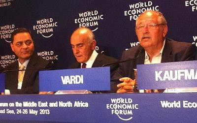 Yossi Vardi (right) and Munib Al-Masri (center) launch 'Breaking the Impasse' in Jordan, 2012 (photo credit: Times of Israel staff)