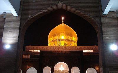 The Sayida Zeinab shrine in Damascus, Syria (public domain via Wikimedia Commons)