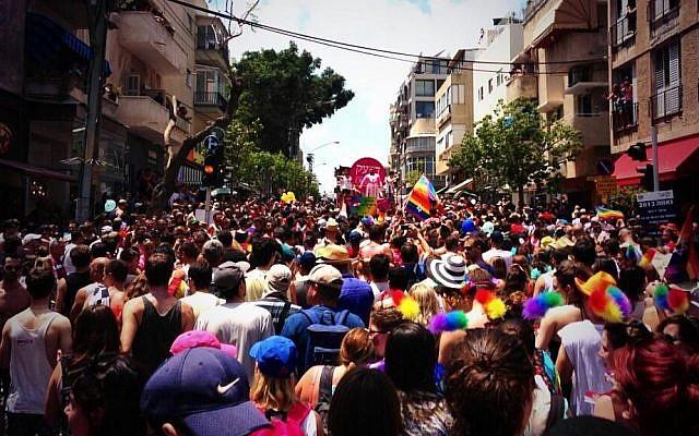 Tel Aviv Pride Festival 2013 (photo credit: Twitter/@Ostrov_A)