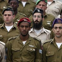 Illustrative photo of IDF soldiers (Miriam Alster/Flash90)