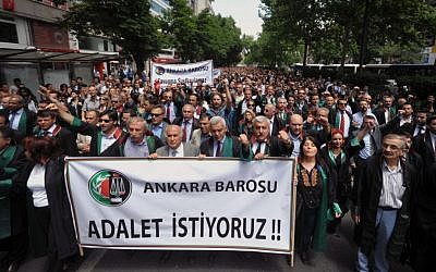 Turkish lawyers march in support of anti-government protests in Ankara, Turkey, Wednesday, June 12, 2013 (photo credit: AP Photo/Burhan Ozbilici)