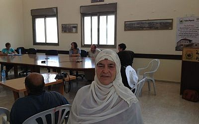 Mariam Hammad of Silwad at the townhall (Photo credit: Mitch Ginsburg/ Times of Israel)