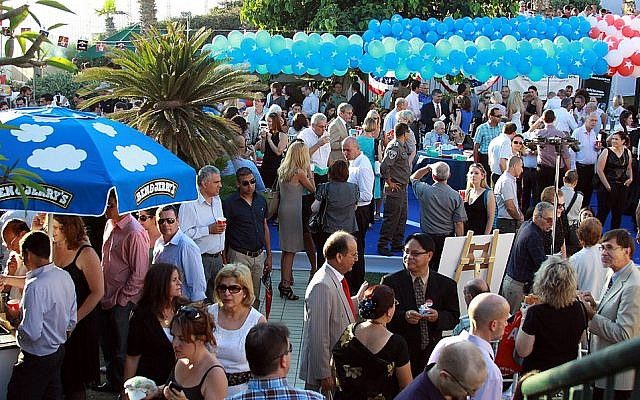 US Independence Day party at the American ambassador's residence in Herzliya in 2012 (photo credit: CC BY SA US Embassy/Flickr)