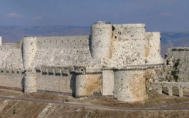 The Krak de Chevaliers castle. (photo credit: CC BY-SA Xvlun, Wikimedia commons)