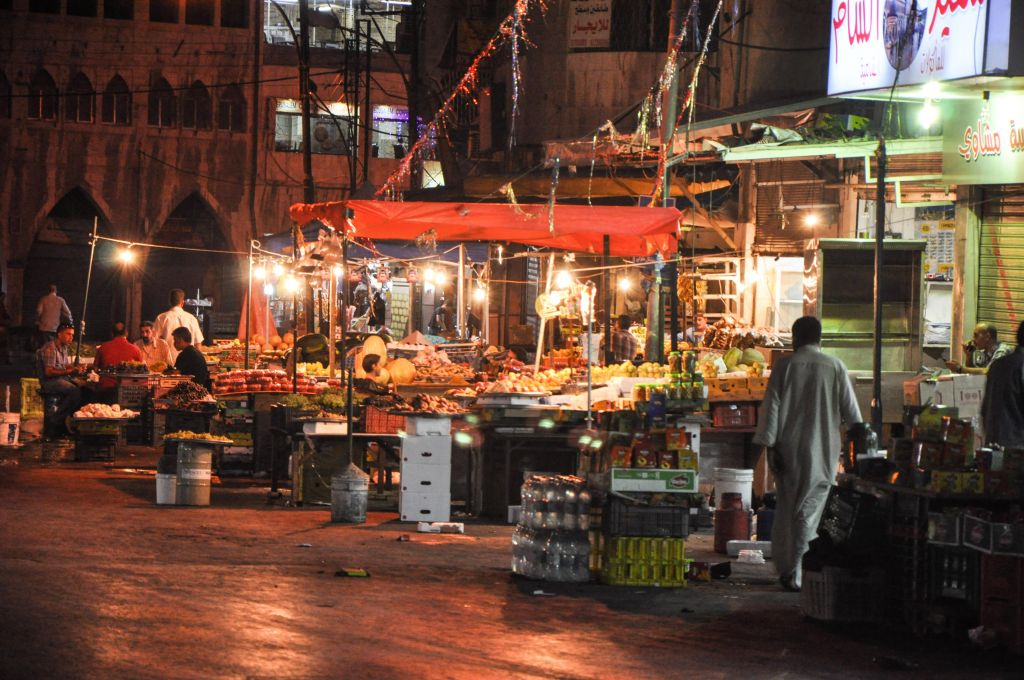 Markets stay open until late hours of the night during Ramadan (photo credit: Michal Shmulovich/Times of Israel)