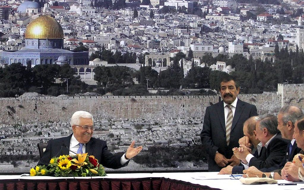 Palestinian Authority President Mahmoud Abbas at a meeting of the Palestinian leadership at his compound in the West Bank city of Ramallah, July 18, 2013 (photo credit: Issam Rimawi/Flash90)