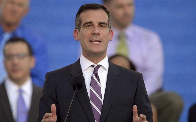 Jewish Los Angeles Mayor Eric Garcetti speaks in front of city hall after being sworn in, Sunday, June 30, 2013, in Los Angeles. (photo credit: AP Photo/Mark J. Terrill)