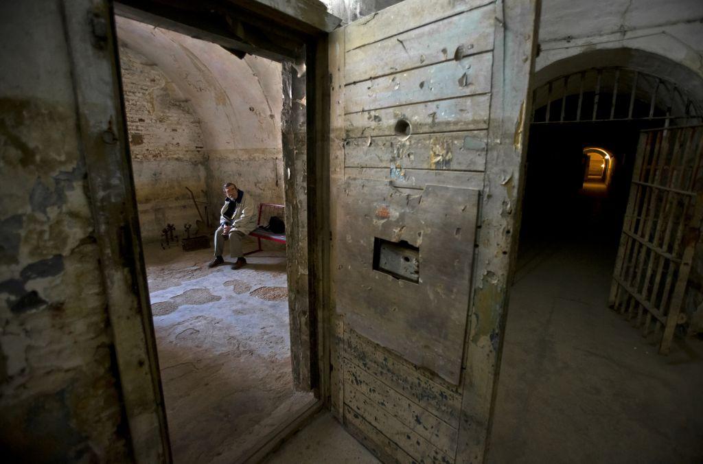 Romania takes step toward punishing gulag guards   The ...