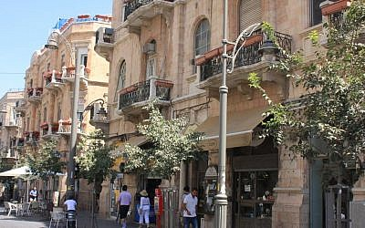 Jaffa Road, just off Zion Square, Jerusalem. (Shmuel Bar-Am)