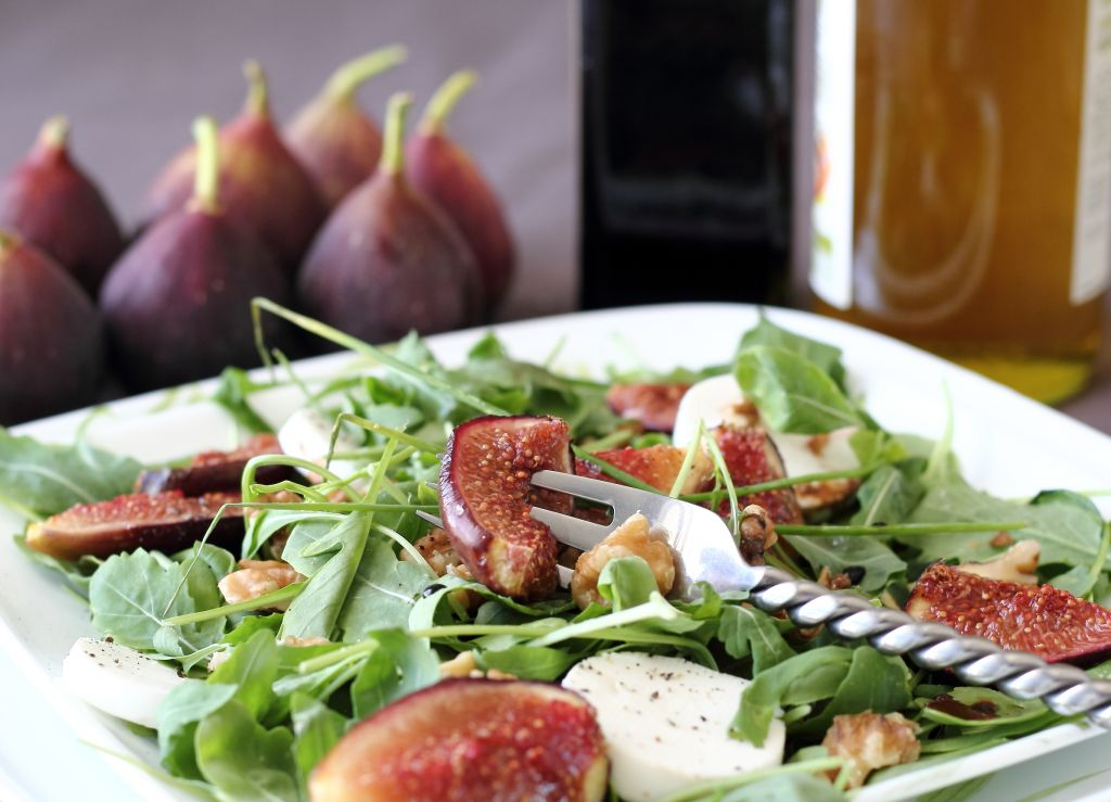 A salad of figs and goat cheese drizzled with a balsamic vinegar reduction (photo credit: Andrea Brownstein/Photoli Photography)