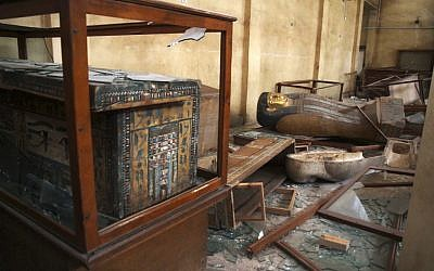 Damaged pharaonic objects in the Malawi Antiquities Museum after it was ransacked and looted in Malawi, in August 2013, south of Minya, Egypt. (photo credit: AP/Roger Anis, el-Shorouk newspaper)