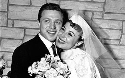 Eydie Gorme and Steve Lawrence, both 22, on their wedding day in Las Vegas. (photo credit: AP)