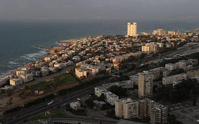 General view on the northern Israeli city of Haifa and Haifa Bay, on March 7, 2011. (photo credit: Yaakov Naumi/Flash90)