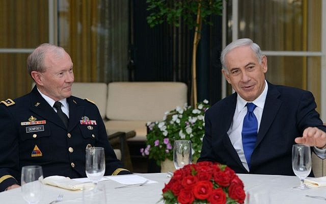 Prime Minister Benjamin Netanyahu hosts US Chairman of the Joint Chiefs of Staff Gen. Martin Dempsey at the Prime Minister's Residence in Jerusalem. Aug 13, 2013. (Photo credit: Kobi Gideon / GPO/FLASH90)