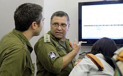 Col. (res) Dan Geva during the simulator drill (Photo credit: courtesy IDF Spokesperson's Office)
