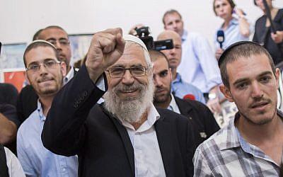 Religious Zionist leader Rabbi Mordechai Elon at the Magistrates Court in Jerusalem, August 7, 2013 (photo credit: Flash90)