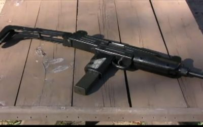Illustrative photo of an Uzi machine gun (Youtube screenshot)