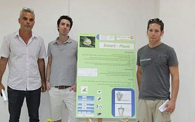 Pictured L. to R.: Dr. Ofer Schwartzglas, Erez Kagonovski, and Amit Rotheiser (Photo credit: Courtesy)
