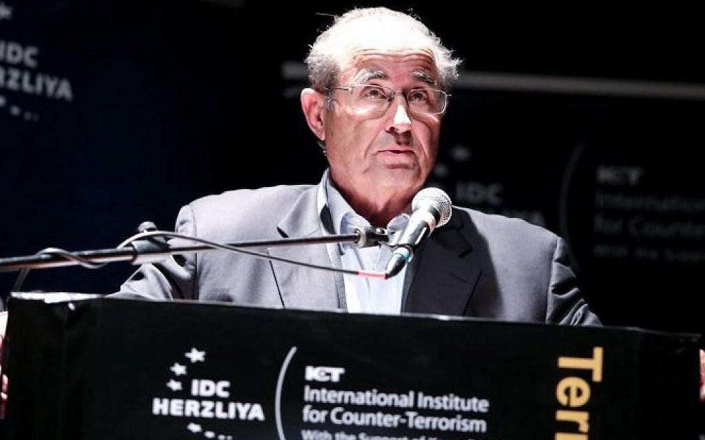 Former Mossad chief Shabtai Shavit, September 2013 (photo credit: IDC/Adi Cohen Zedek)
