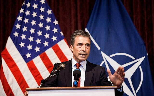 Anders Fogh Rasmussen speaking in 2011. (photo credit: .Staff Sgt. Eric Wilson/US Navy)