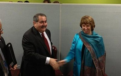 Iraqi Foreign Minister Hoshyar Zebari meets with EU foreign policy chief Catherine Ashton on the sidelines of the UN General Assembly in New York, on Tuesday (photo credit: @EUHighRepSpox via Twitter)
