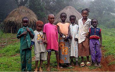 Children in Guinea (photo credit: Haypo/Wikipedia Commons)