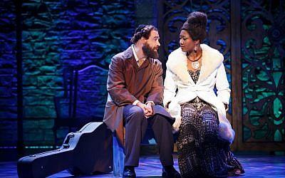 Eric Anderson as Shlomo Carlebach and Amber Iman as Nina Simone (photo credit: Carol Rosegg)