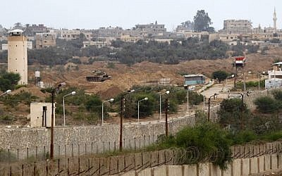 An Egyptian army watchtower on the Rafah border with the Gaza Strip, July 2013. (Abed Rahim Khatib/Flash90)