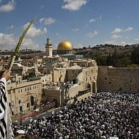 The annual priestly blessing at the Western Wall, on Sunday, September 22 (photo credit: Yonatan Sindel/Flash90)
