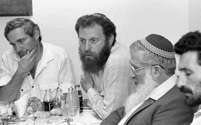 Meeting of Gush Emunim settlement leaders, July 1987. Hanan Porat is at far left, with Yoel Bin-Nun next to him. (Shmuel Rabmani)