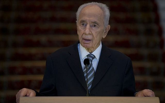 Shimon Peres (photo credit: Peter Dejong/AP)