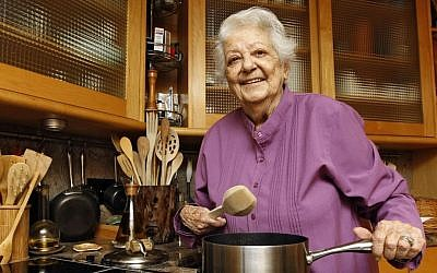 Chef Marcella Hazan poses in the kitchen of her Longboat Key, Fla., home. (photo credit: AP Photo/Chris O'Meara, File)