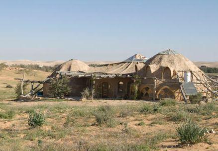 A manmade mud cabin at Makman Dunes in the Negev desert (Courtesy Makman Dunes)