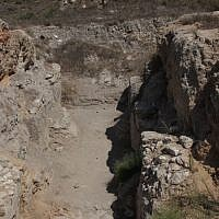 Canaanite entrance to the city (photo credit: Shmuel Bar-Am)