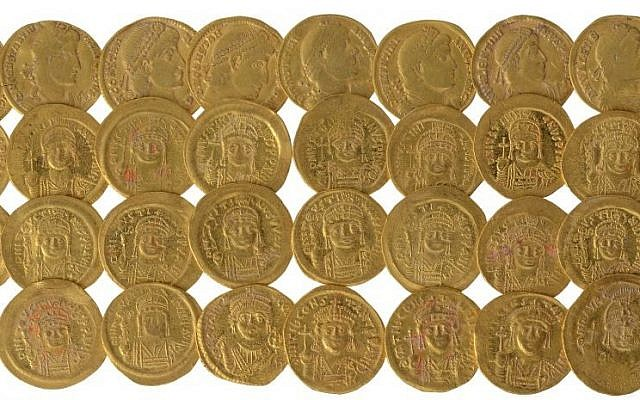 Byzantine-era gold coins found near the Southern Wall of the Temple Mount (photo credit: courtesy Ouria Tadmor/Hebrew University)