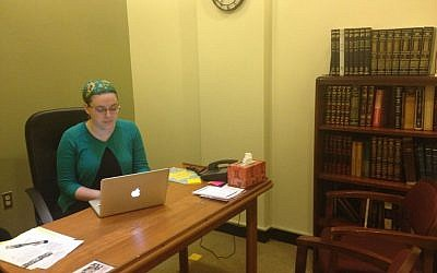 Maharat Ruth preparing to teach a class before the High Holidays. (photo credit: Ben Zehavi)