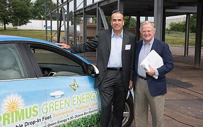 President and chairman of Primus Green Energy, Dr. Yom-Tov Samia (left) and CEO Robert Johnsen (photo credit: Primus Green Energy)