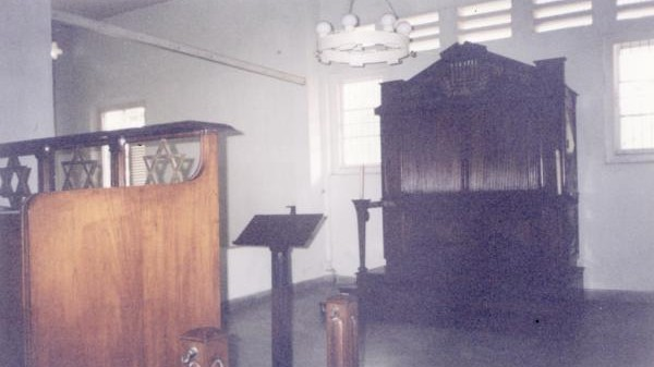 The interior of the Beith Shalom synagogue in Surabaya, Indonesia, in 2002 (photo credit: @IwanKamah via Twitter)