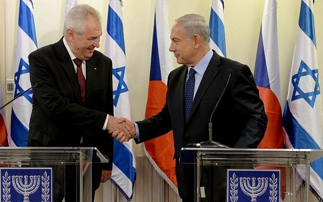 Czech Republic President Milos Zeman, left, and Prime Minister Benjamin Netanyahu in Israel on Monday October 7. (Kobi Gideon/GPO/Flash90)