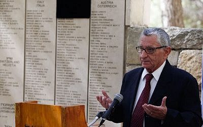 Andrea Bartali, the son of the late Italian champion cyclist Gino Bartali, speaks during a ceremony at the Yad Vashem Holocaust Memorial Museum in Jerusalem on October 10, 2013. (photo credit: Yonatan Sindel/Flash90)