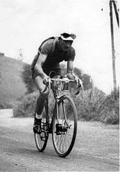 Gino Bartali in 1938 (photo credit: CC BY Wikipedia)