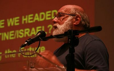 Jeff Halper of the Israeli Committee Against House Demolitions addresses the audience at the Zochrot conference, September 29, 2013 (courtesy/Zochrot/ Ele'onor Merza)