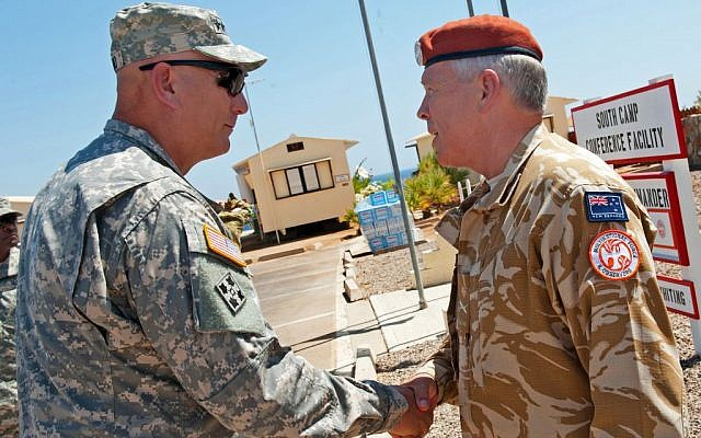 US Army Chief of Staff Gen. Ray Odierno shakes hands with New Zealand army Maj. Gen. Warren J. Whiting at an MFO camp in the Sinai on September 21, 2012. (Photo credit: Staff Sgt. Teddy Wade/US Army)