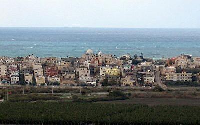 The Arab village of Jisr az-Zarka in northern Israel will soon open a new hostel. (Photo credit: Golf Bravo/Wikimedia)