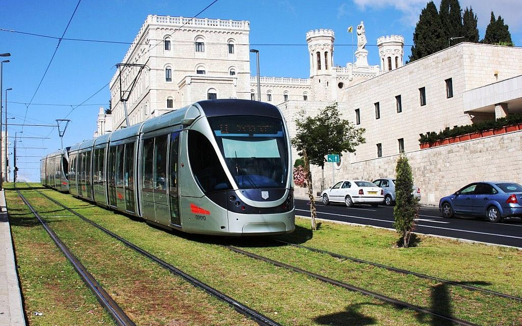 The Jerusalem Light Rail passing the Notre Dame Pontifical Institute. (Shmuel Bar-Am)