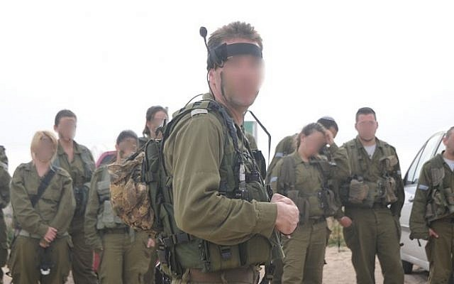An IDF field unit geared up with sophisticated electronic equipment developed by Lotem (Photo credit: IDF Spokesperson)