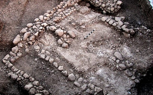 A 10,000 year old house, the oldest dwelling to be unearthed to date in the Judean lowlands. (photo credit: Dr. Ya'akov Vardi/Courtesy Israel Antiquities Authority.