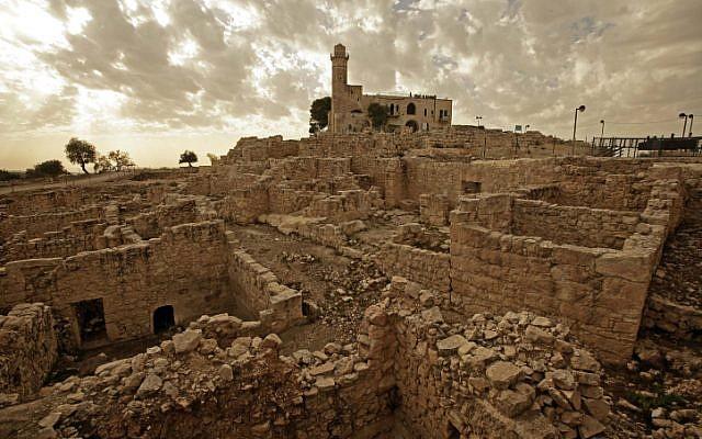 The archaeological ruins atop the peak of Nebi Samuil (Abir Sultan/ Flash 90)