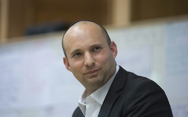 Economy Minister Naftali Bennett, November 6, 2013 (photo credit: Yonatan Sindel/Flash90)